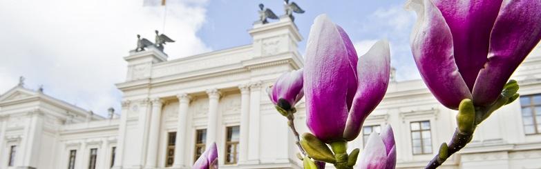 Bild Lunds universitetshus.